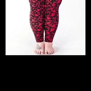 Sweetlegs plus size leggings!